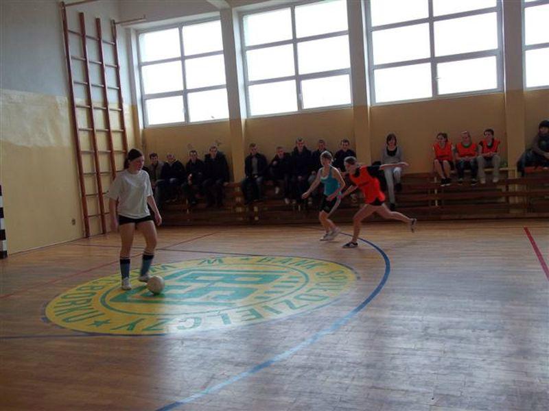 halowka_dziewczat_2011-6
